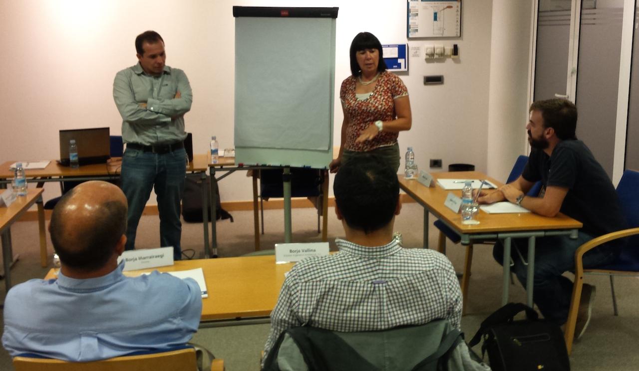 """#MentoringColectivo """"Escuela de Emprendedores: ¿""""Que nos preocupa en la gestión de las personas""""?"""